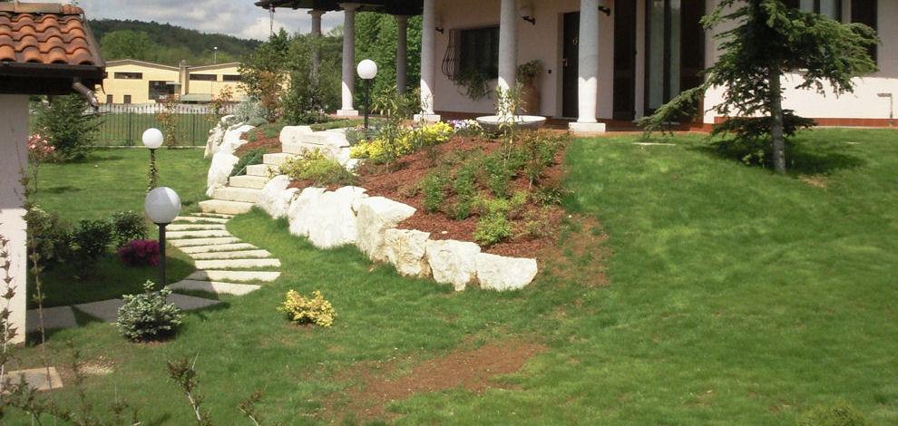 Bien connu Giardini rocciosi Giardino con sassi Scale in pietra per giardini  ZU71